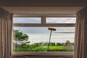 Homestyle for picture windows