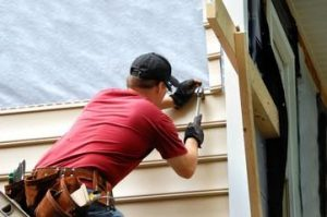 Top Siding repair and installation